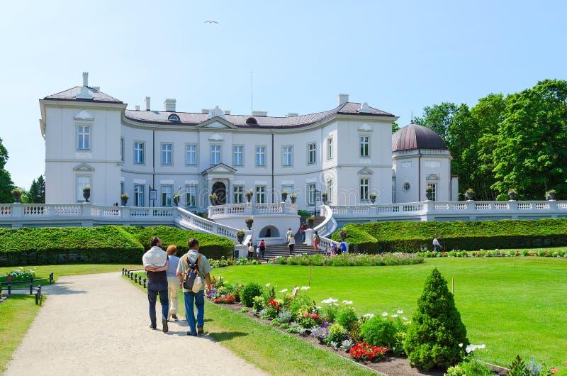 Amber Museum i det botaniskt parkerar, Palanga, Litauen royaltyfri fotografi