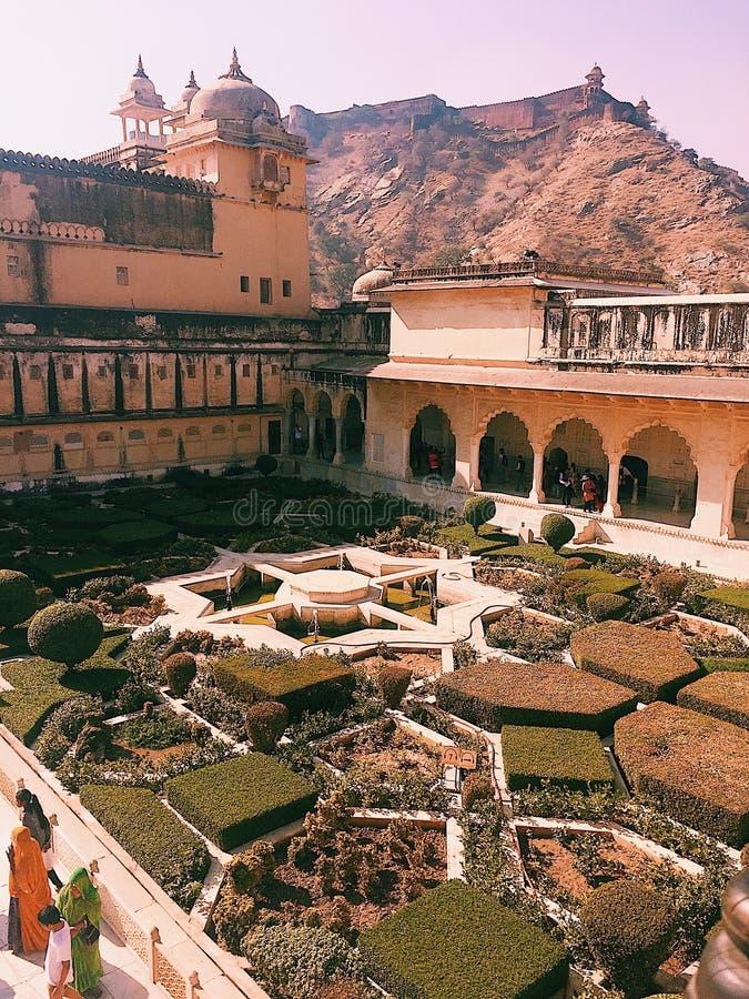 Amber Sheesh Mahal Garden, Amber Fort royalty-vrije stock fotografie