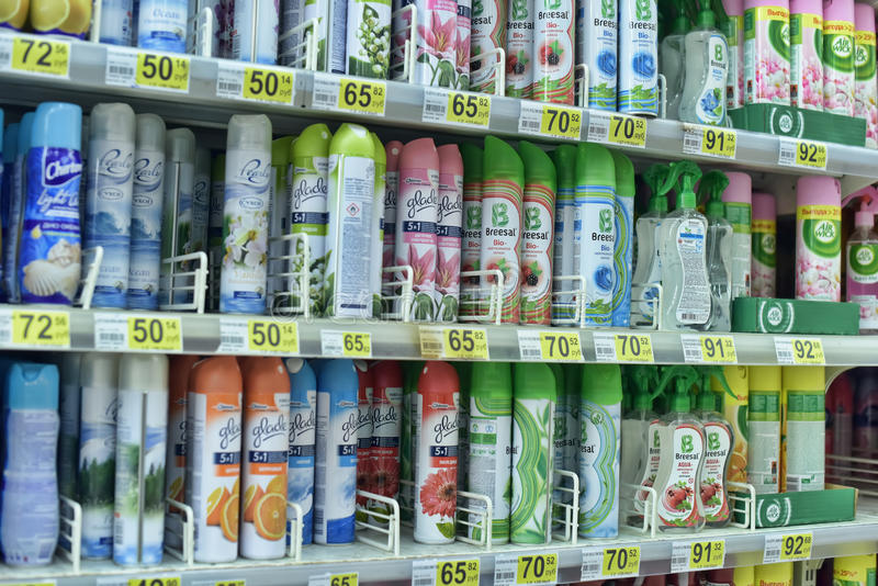 Ambientador de aire del espray en supermercado fotografía de archivo