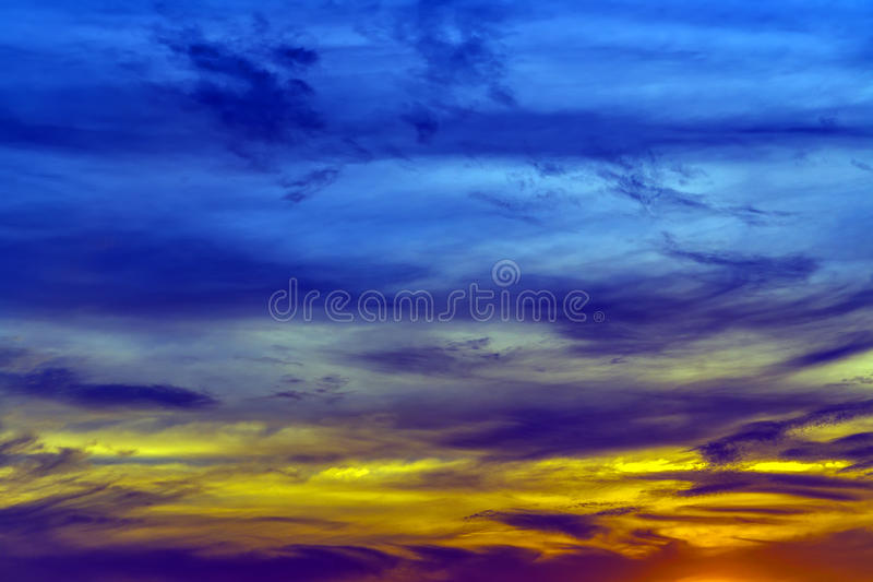 Ambiti di provenienza di tramonto di estate fotografia stock