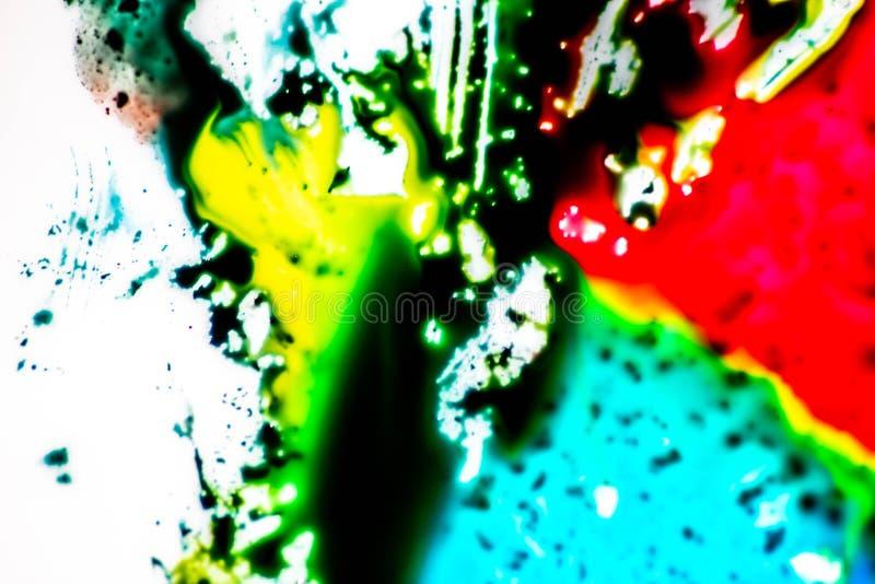 Ambiti di provenienza variopinti con i colori primari che si mescolano insieme colori luminosi e forte contrasto fra loro Fondo v fotografia stock