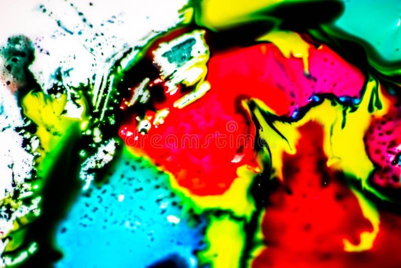 Ambiti di provenienza variopinti con i colori primari che si mescolano insieme colori luminosi e forte contrasto fra loro Fondo v immagini stock libere da diritti