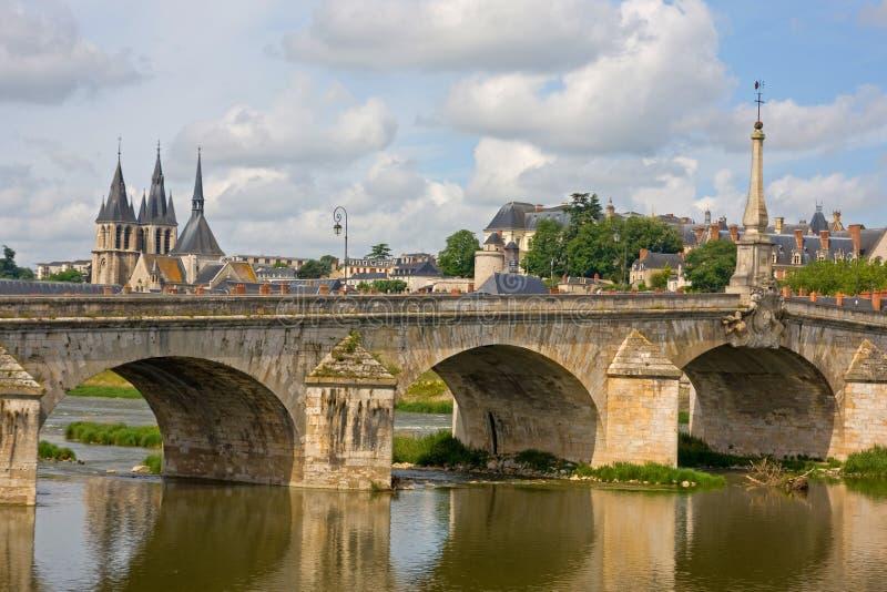 Amboise är en älskvärd stad i Frankrike royaltyfri bild