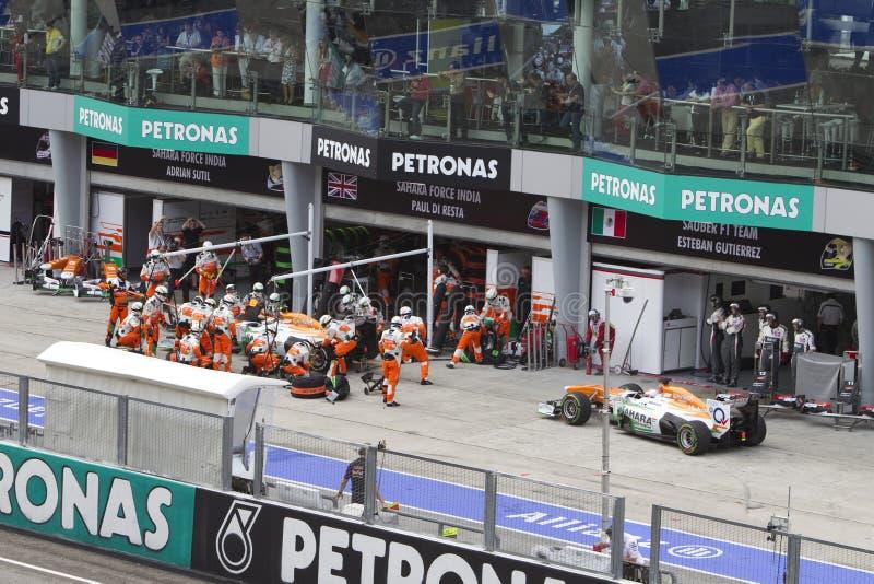 Force os carros de India que esperam na fila para pit fotografia de stock royalty free
