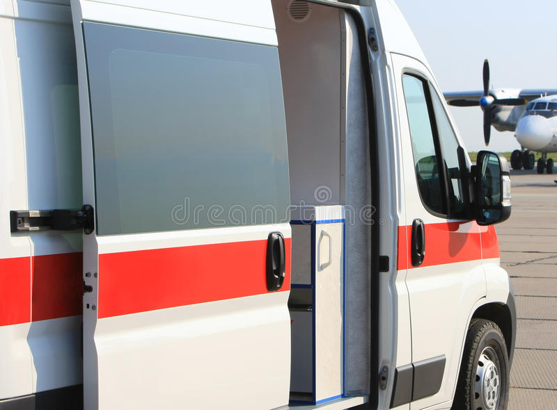 Ambulância da emergência fotografia de stock royalty free
