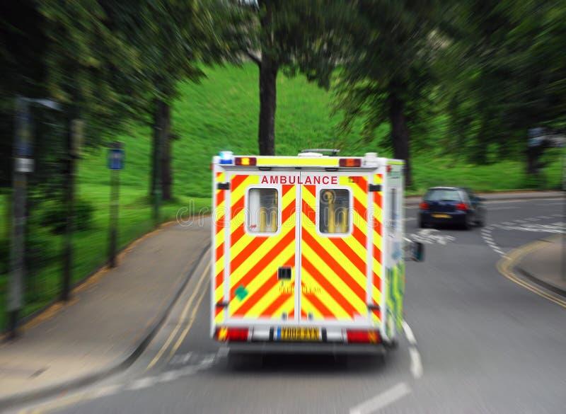 Ambulancia de la emergencia imagenes de archivo