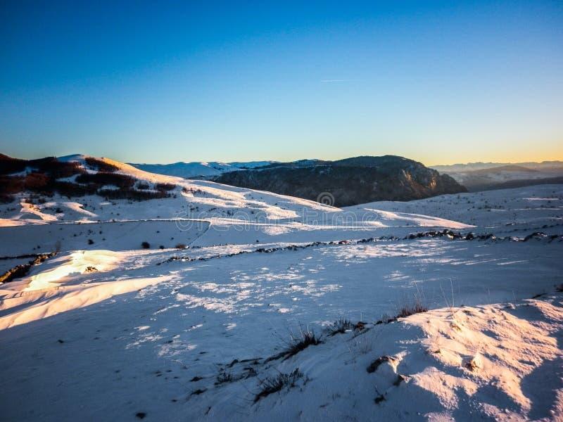 amden зона около зимы Швейцарии катания на лыжах панорамы стоковое фото rf
