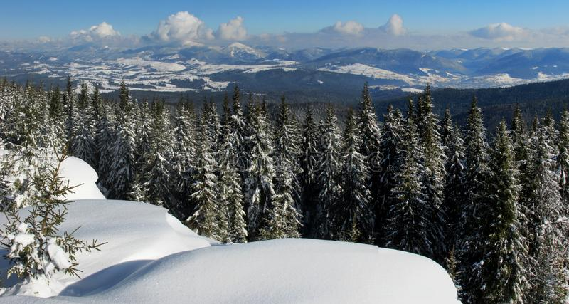 amden la zone près de l'hiver de la Suisse de ski de panorama photo stock