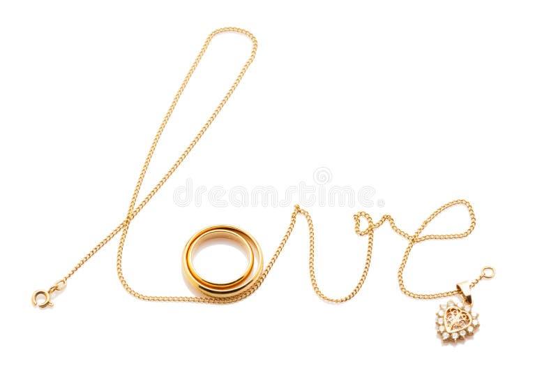 Ame a palavra da corrente com os anéis isolados no branco fotografia de stock royalty free