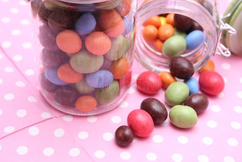 Amendoins com chocolate imagem de stock