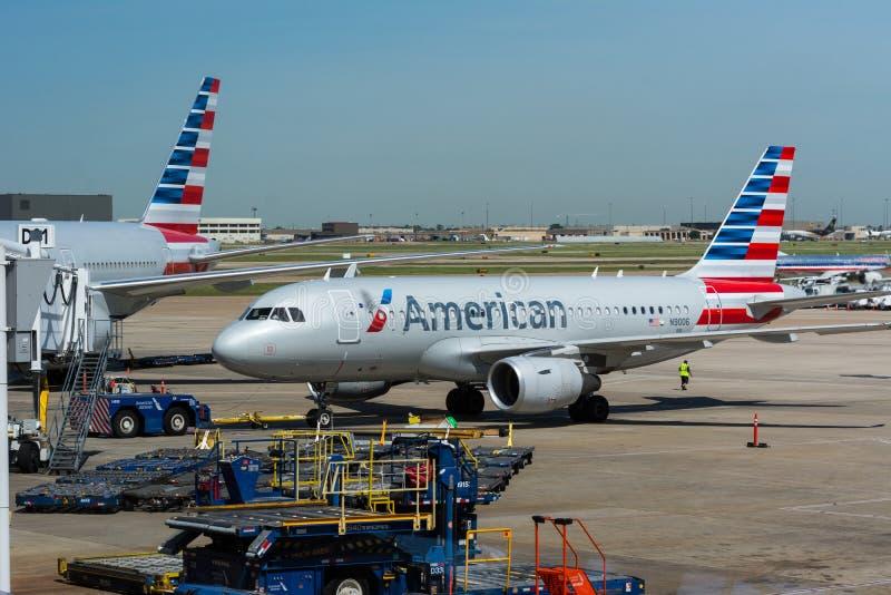 American Airlines flygplan arkivbilder