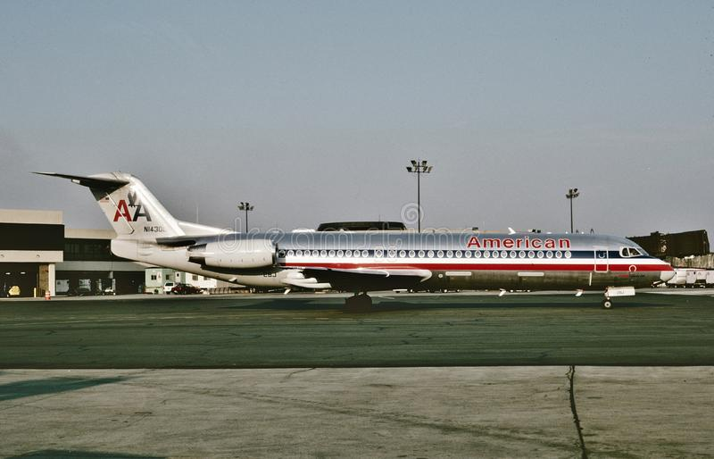 American Airlines Fokker F100 N1430D arrives at Dallas after a flight from Phoenix on August 8 , 1993. American Airlines Fokker F100 N1430D CN 11415 arrives at stock photos