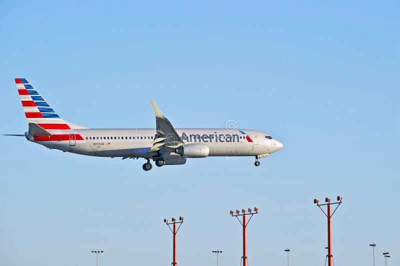 American Airlines kommersiell passagerarestråle royaltyfri foto