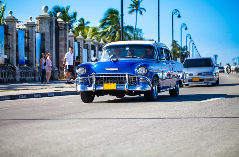 Download American Oldtimer In Cuba 3 Stock Image - Image: 37904051