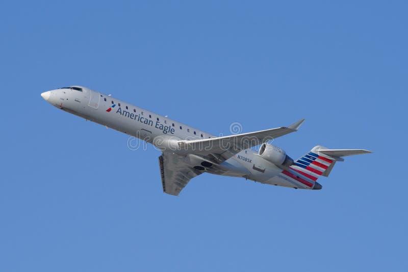 Americano Eagle Bombardier CRJ-700 imagen de archivo