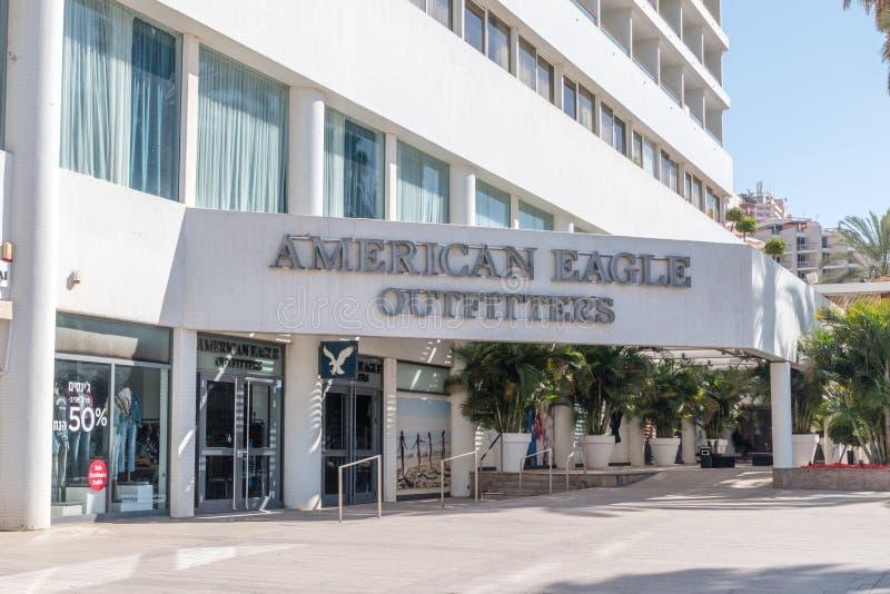 Americano Eagle Outfitters Inc sabido agora como simplesmente American Eagle fotografia de stock