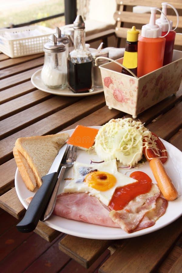 Amerika-Frühstück und -salate lizenzfreies stockbild