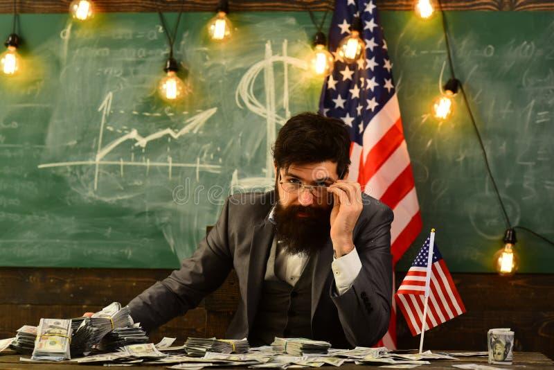 Amerikaanse onderwijshervorming op school in 4 juli Inkomen planning van het beleid van de begrotingsverhoging Onafhankelijkheids royalty-vrije stock fotografie