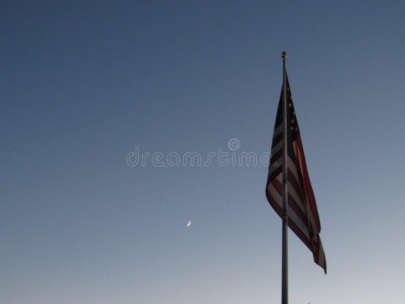 Amerikaanse vlag in nachthemel stock foto's