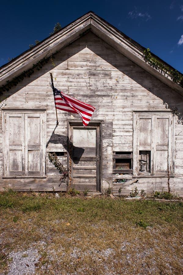 Amerikaanse Vlag - Verlaten Algemene Opslag - Rocky Gap, Virginia royalty-vrije stock foto