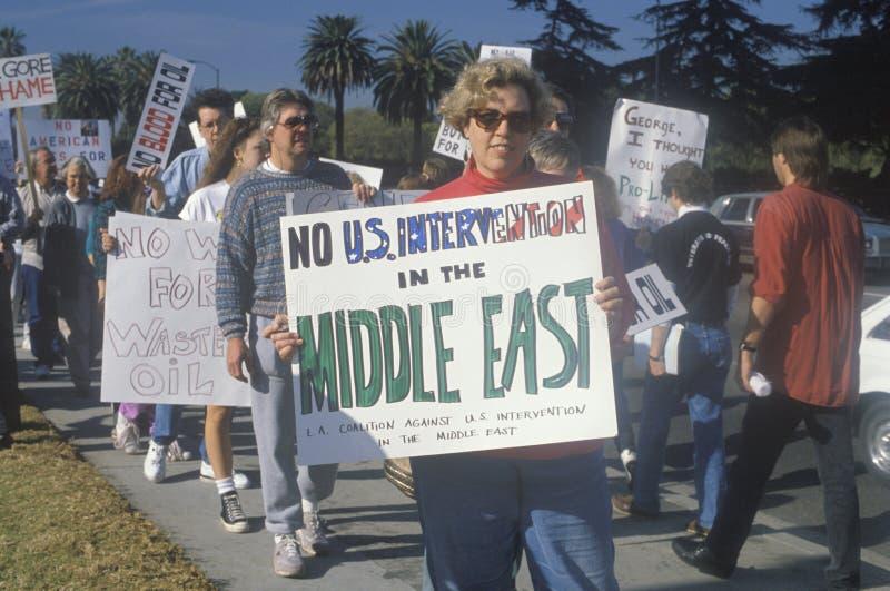 Amerikanen die oorlog in Midden-Oosten, Los Angeles, Californië protesteren stock afbeeldingen