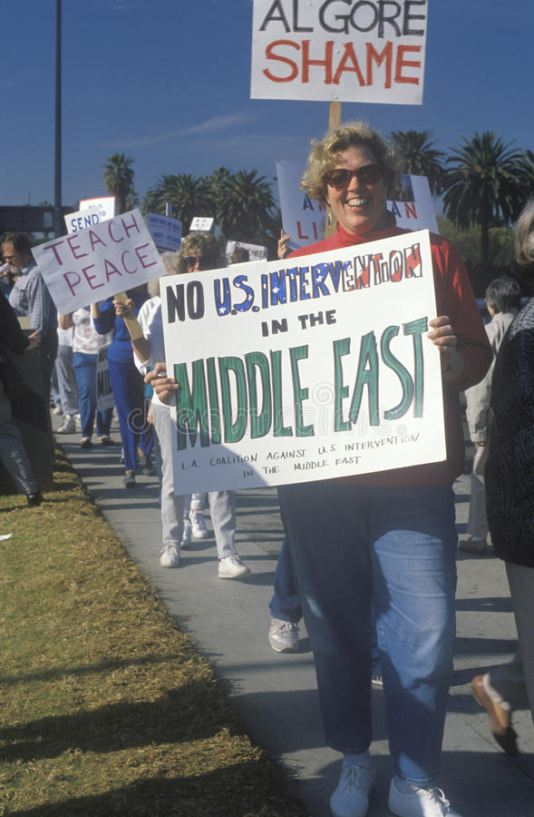 Amerikanen die oorlog in Midden-Oosten, Los Angeles, Californië protesteren royalty-vrije stock afbeeldingen