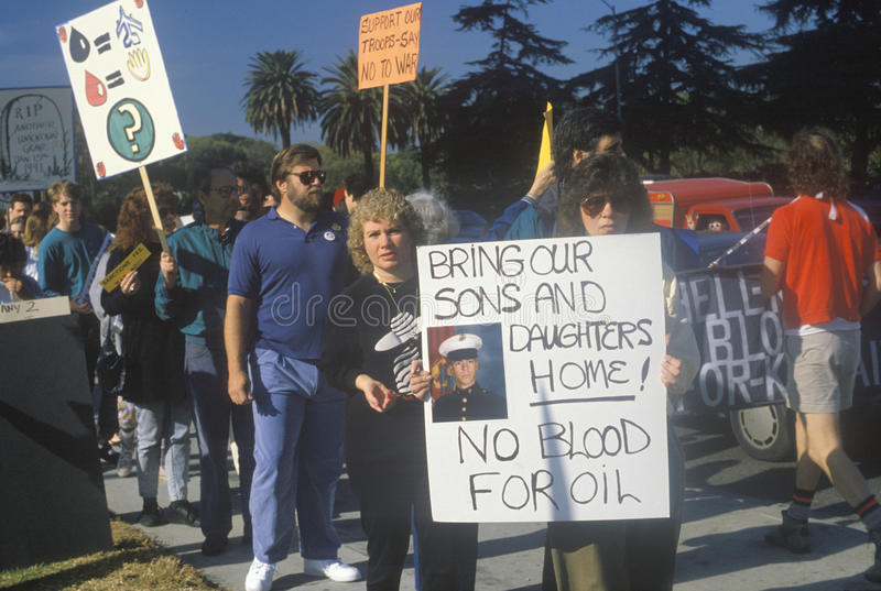 Amerikanen die oorlog in Midden-Oosten, Los Angeles, Californië protesteren stock foto's