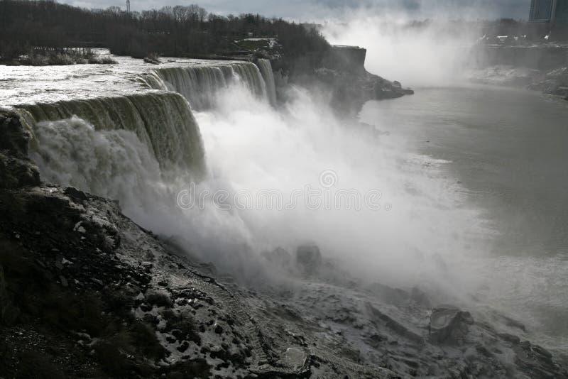 Amerikaner-Fälle - Niagara in der Winterzeit lizenzfreies stockbild