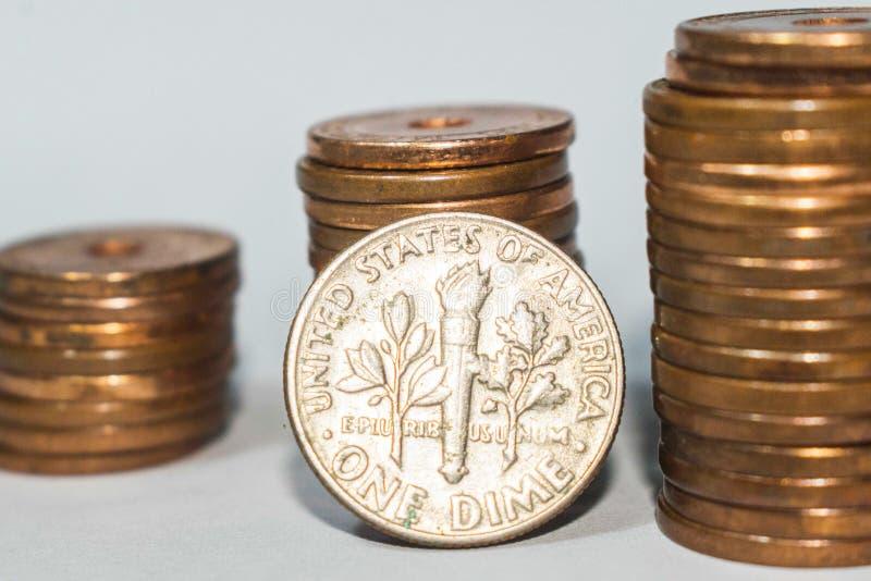 Amerikanische 10 Cents, US ein Groschen stockbild