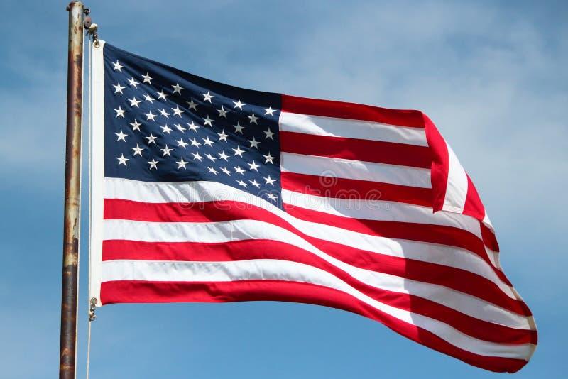 Amerikanische Flagge auf Windy Day stockfotografie