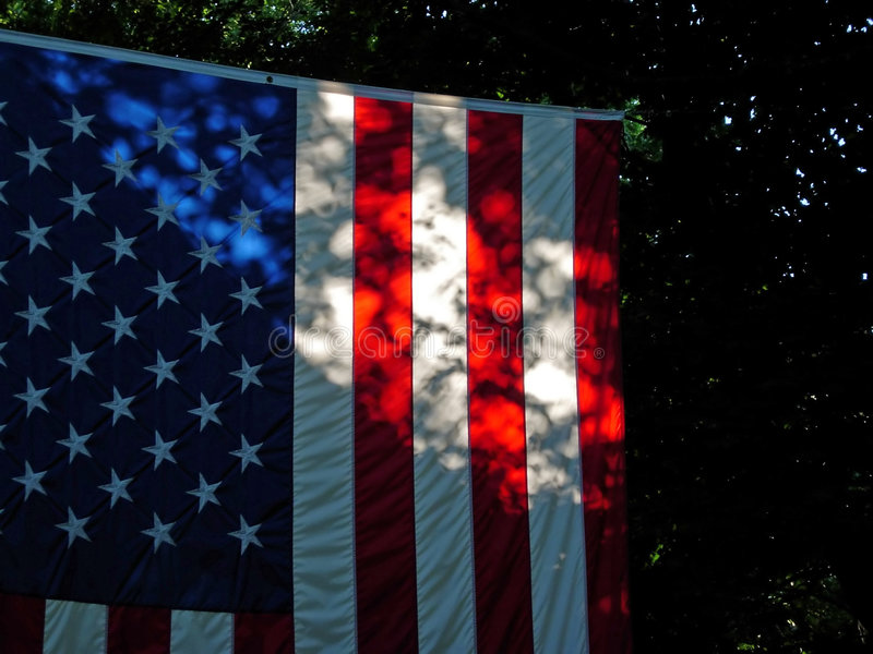 Amerikanische Flagge in den Schatten stockfotografie