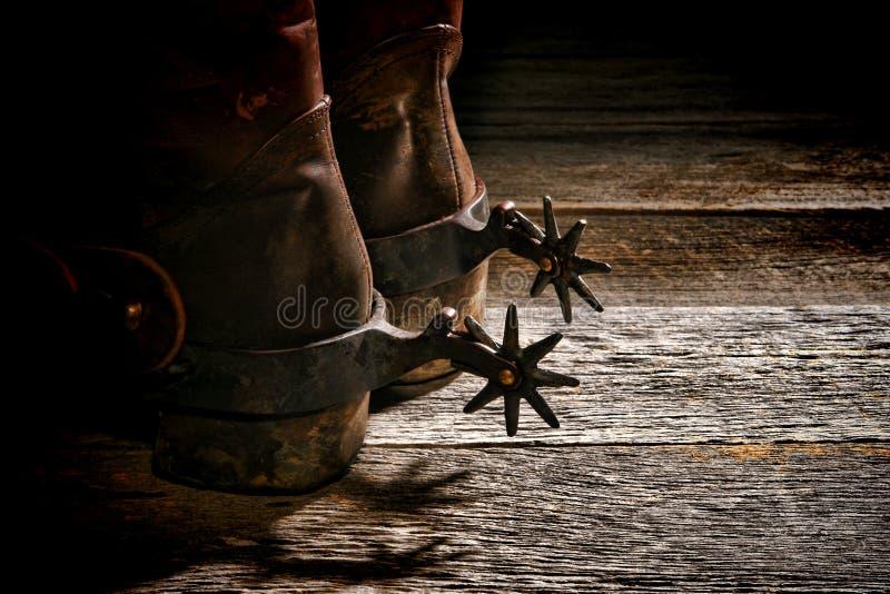 Amerikanische Westrodeo-Westspangen auf Cowboy Boots lizenzfreie stockfotos