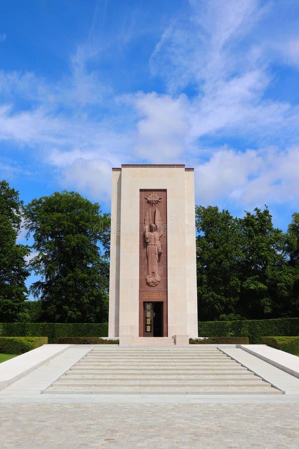 Amerikanischer Kirchhof Luxemburgs und Erinnerungskapelle lizenzfreie stockfotografie