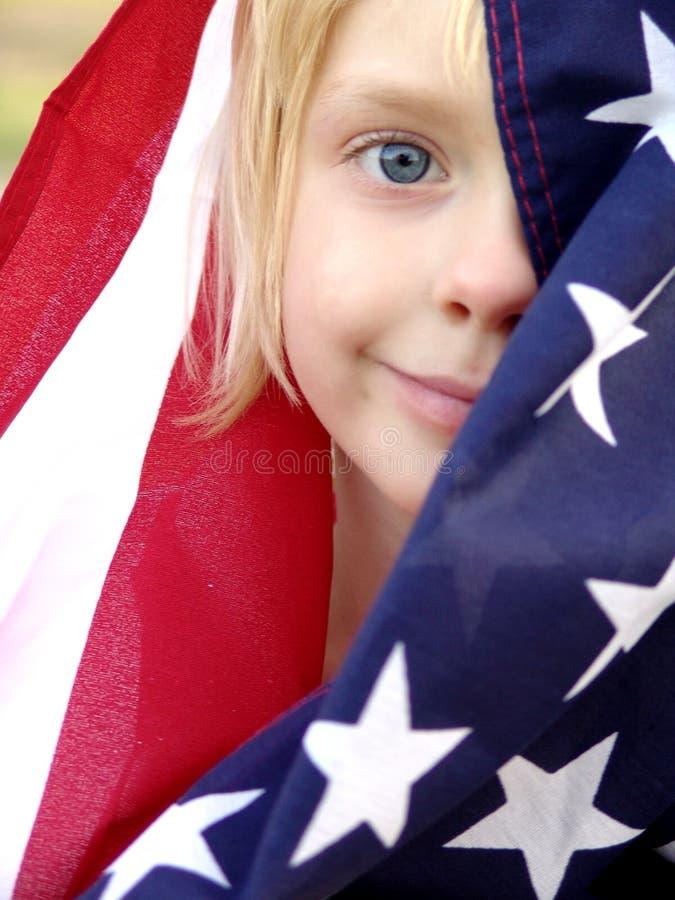 Amerikanischer Stolz - fokussieren Sie ein nach von der Markierungsfahne stockbilder
