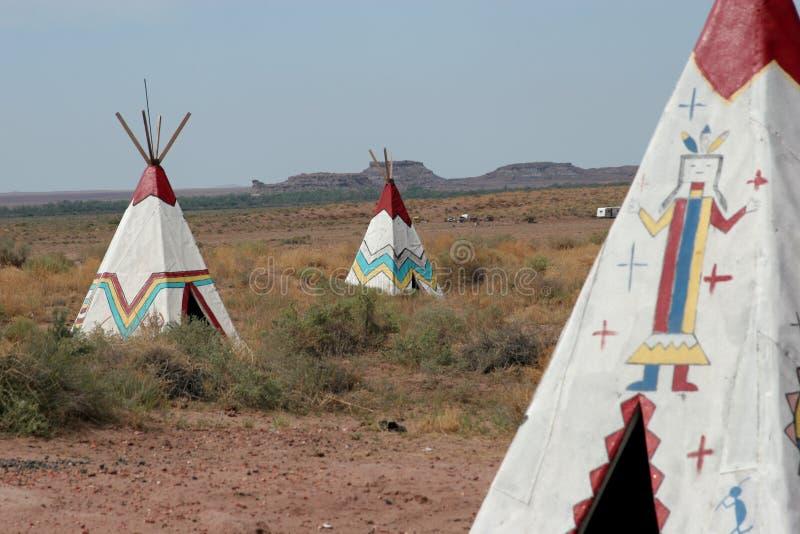 Amerikanischer Ureinwohner Tepees lizenzfreie stockfotografie