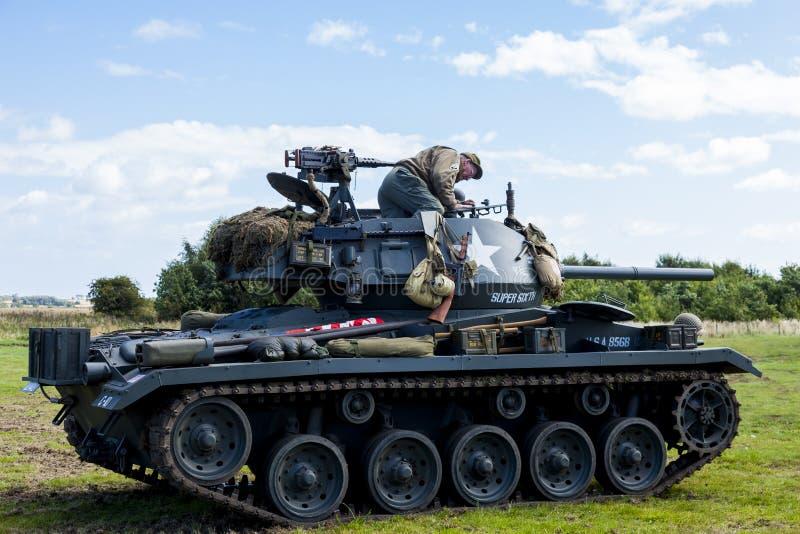 Amerikanisches helles Chaffee Tank und Mannschaft stockbild