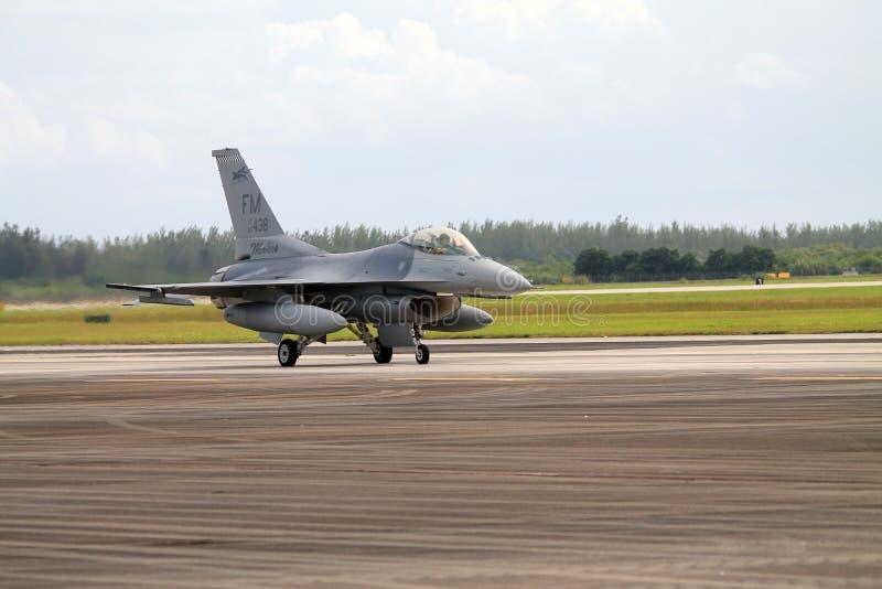 Amerikanisches Kampfflugzeug lizenzfreie stockfotografie