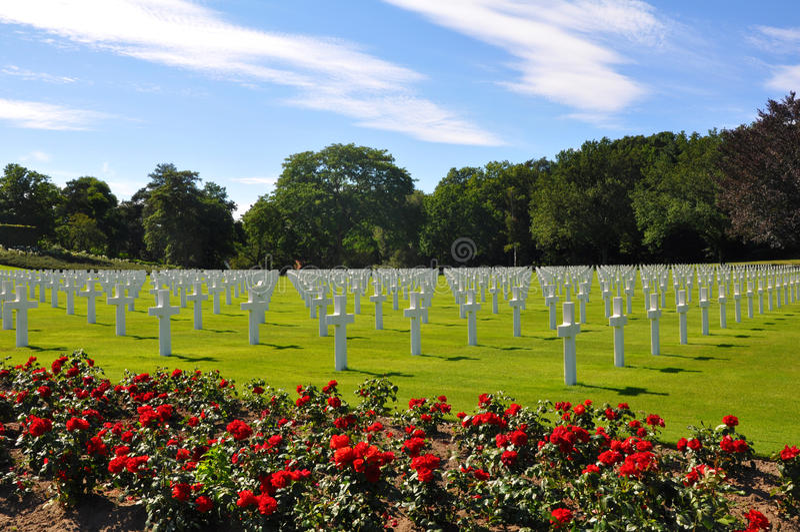 Amerikankyrkogård i Normandy. royaltyfria bilder