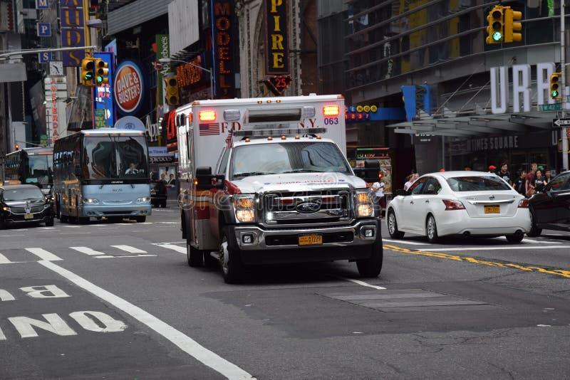 Amerikansk ambulans i New York arkivbilder