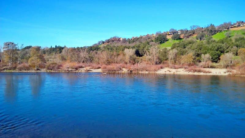 Amerikansk flod Sacramento CA royaltyfria bilder