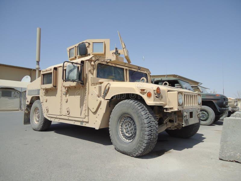 Amerikansk humvee för armébiltransport HMMWV arkivfoto