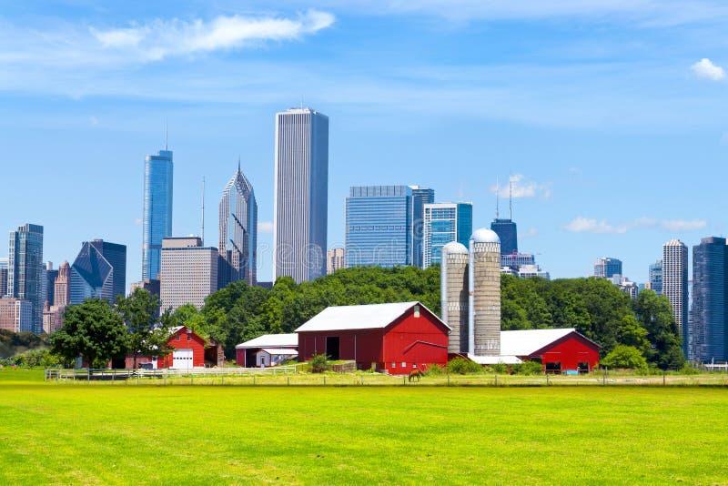 Amerikansk röd lantgård royaltyfria bilder