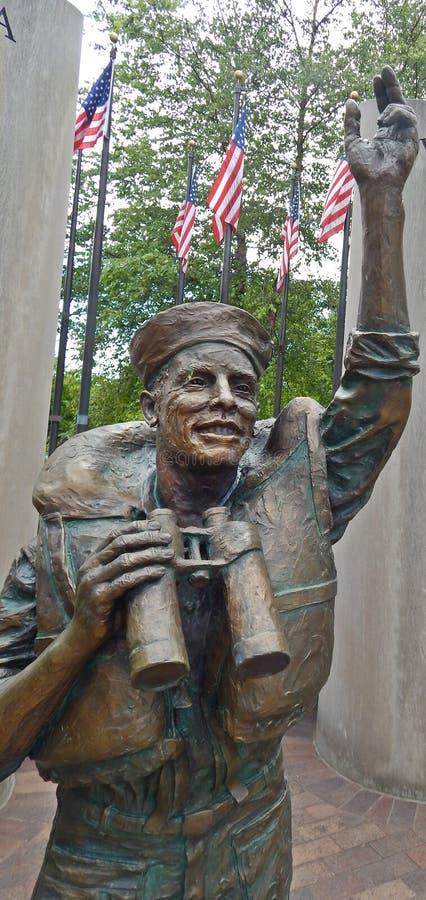 Amerikansk sjöman Statue under koreanskt krig arkivfoton