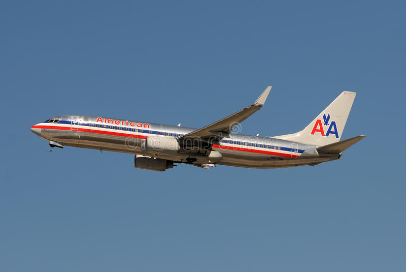amerikansk stråle för flygbolag av att ta royaltyfria bilder