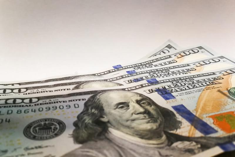 amerikanska dollar Pengarsedlar Räkning av pengardollarräkningar royaltyfri foto
