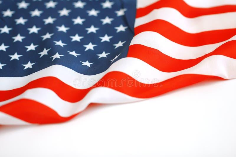 Amerikanska flaggan som blåser i linda Del av en serie royaltyfri bild
