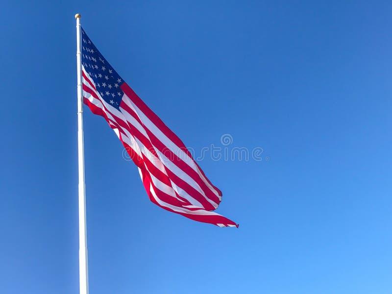 amerikanska flagganvåg fotografering för bildbyråer