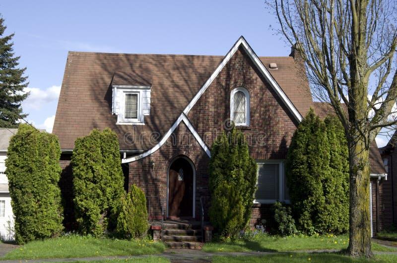 Amerikanskt gammalt tegelstenhus arkivbilder