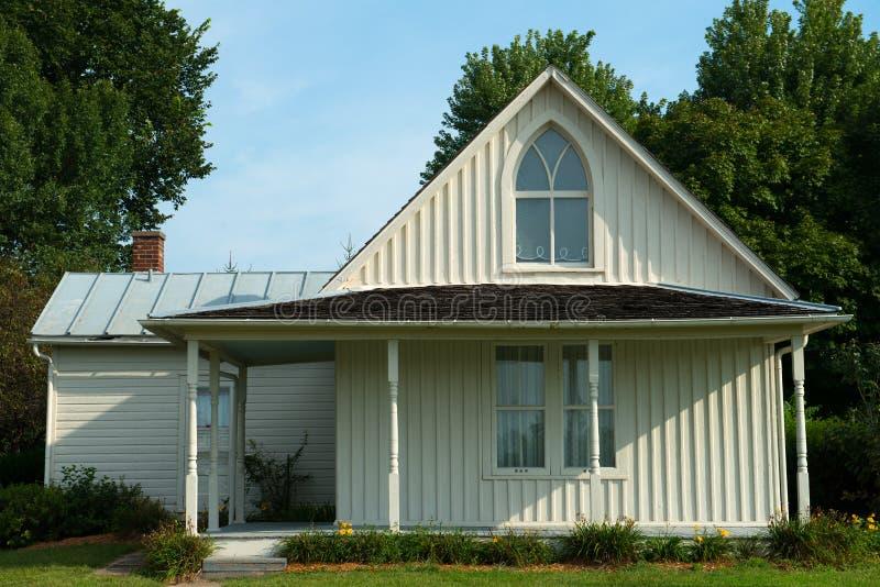 Amerikanskt gotiskt hus, lantbrukarhemgränsmärke arkivfoton