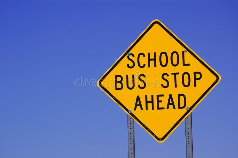 amerikanskt stopp för bussskolatecken royaltyfri foto